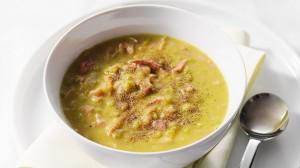 Australijska zupa z groszku i szynki